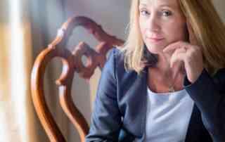Dr Lynda Shaw - Professional Speaker